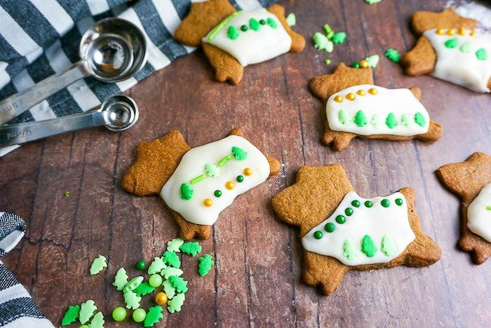 Dog Friendly Christmas Cookies You Need To Make This Week